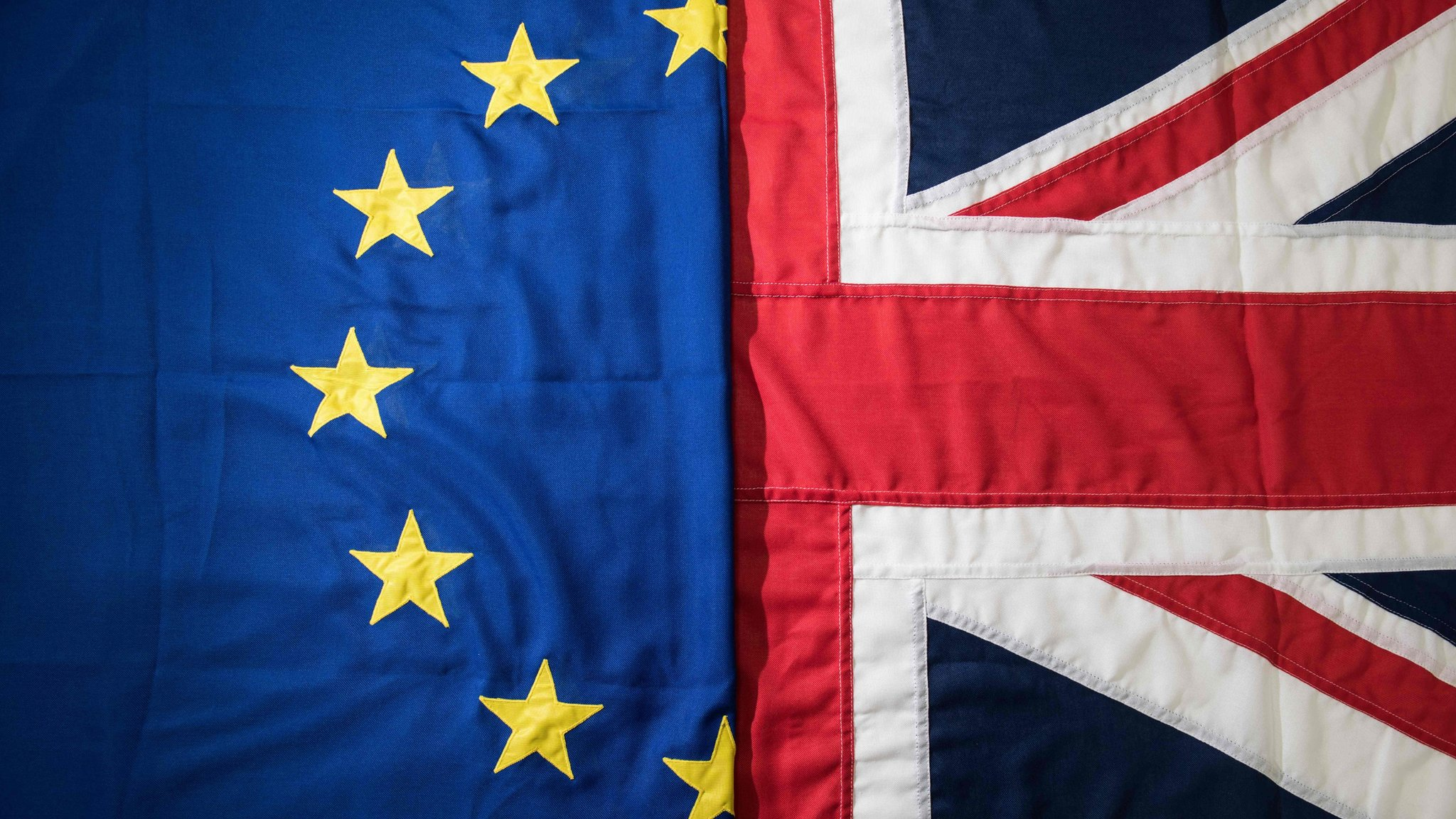 Brexit: EU approves withdrawal agreement - CBBC Newsround