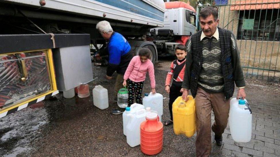 سوريون وأزمة الماء