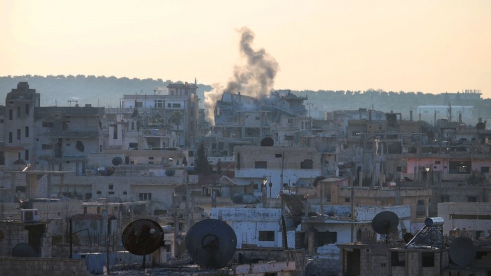 قصف قوات حكومية لمواقع المعارضة في منطقة درعا بجنوب سوريا