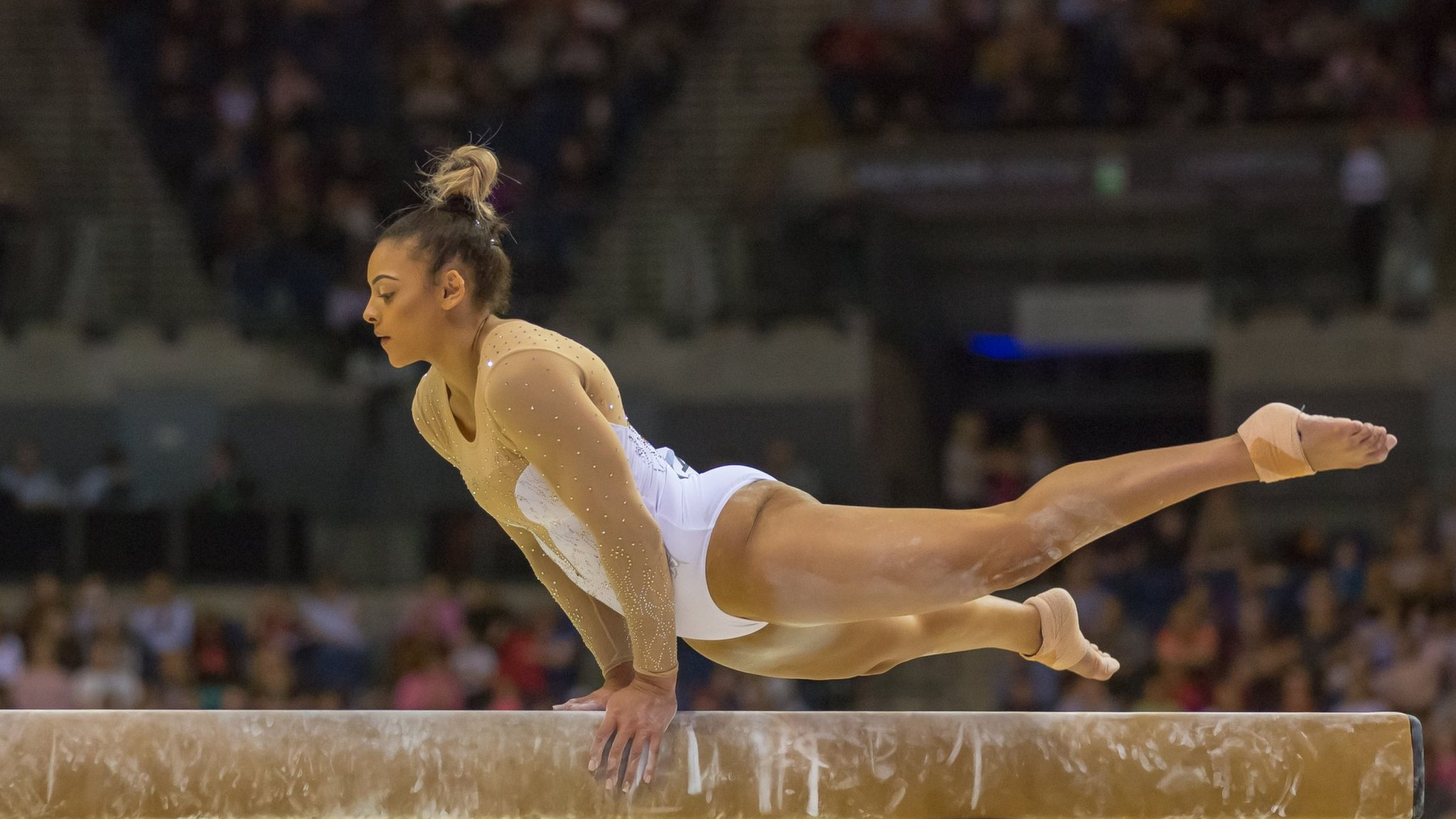 San Antonio teens represent Mexico at world gymnastics