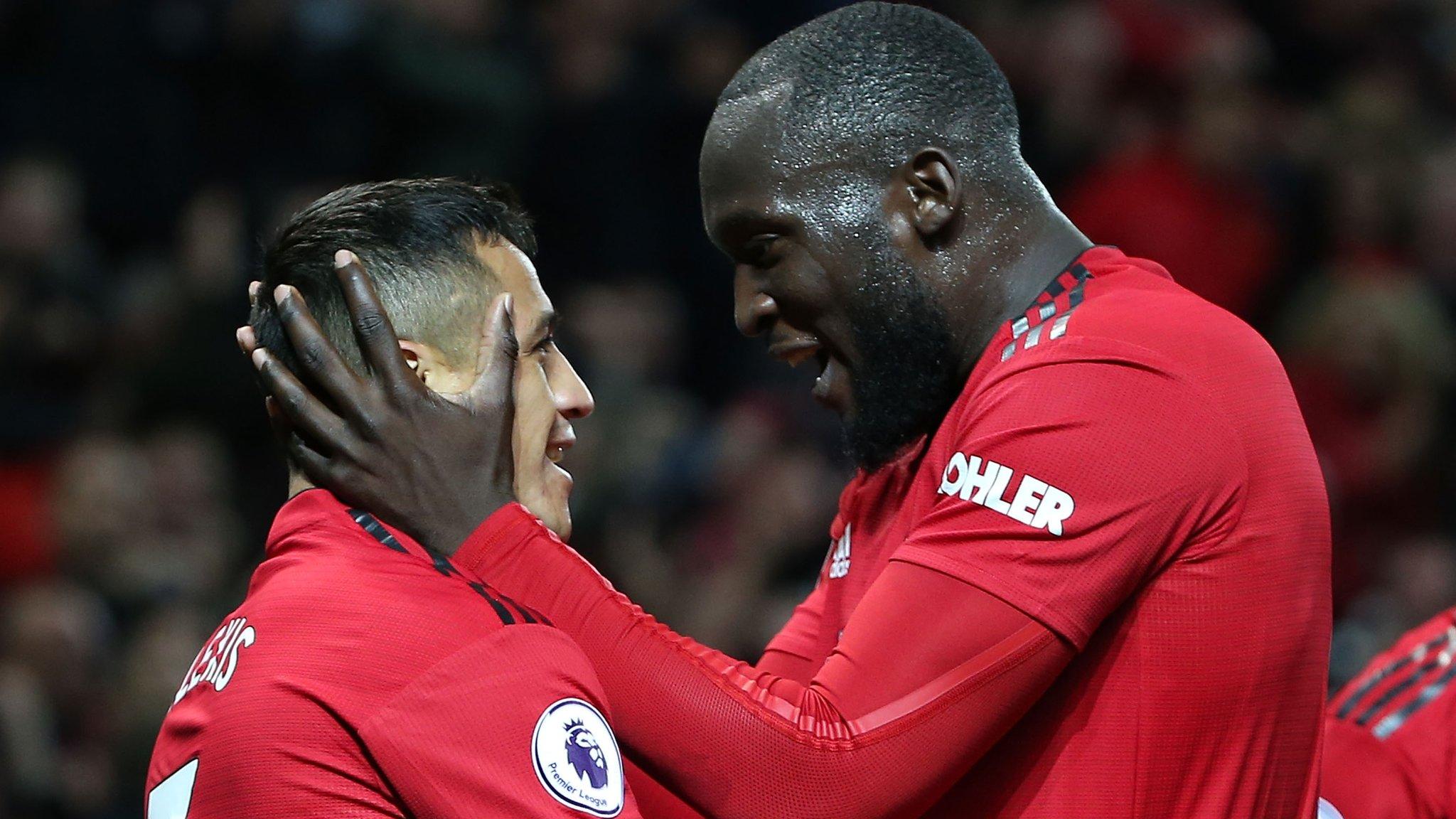 best service f1c68 334a9 Ole Gunnar Solskjaer  Man Utd boss hopes Romelu Lukaku   Alexis Sanchez   step up  - Ole Gunnar Solskjaer hopes Romelu Lukaku and Alexis Sanchez can