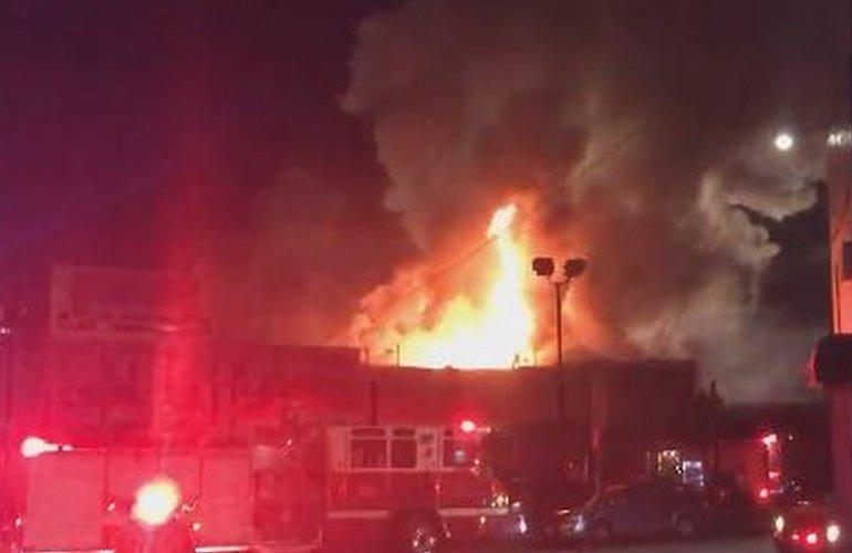 Incendio en Oakland California - 3 diciembre, 2016