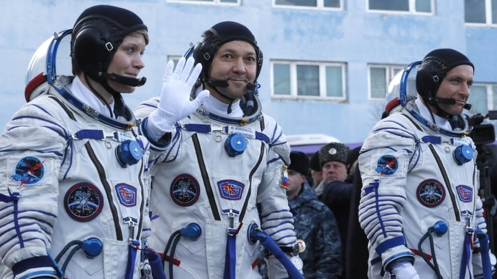 Soyuz rocket: First crewed launch since failure docks at ISS