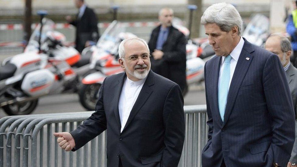 Mohammad Javad Zarif (left) and John Kerry in Geneva (14/07/15)