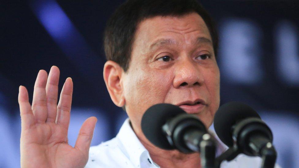 Presiden Duterte larang warga merokok di tempat umum, kebijakan paling keras di Asia