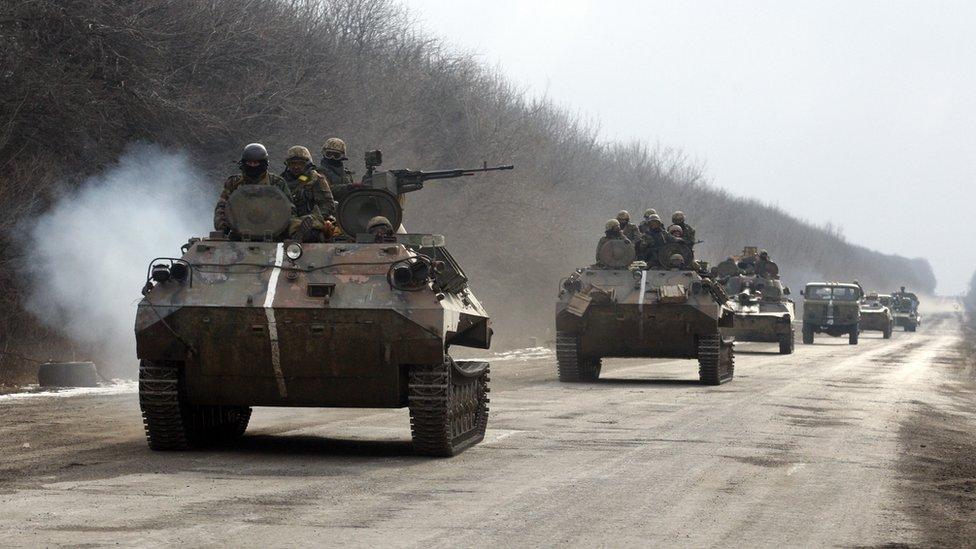 Зона АТО: загибель військового та обстріл спостерігачів ОБСЄ