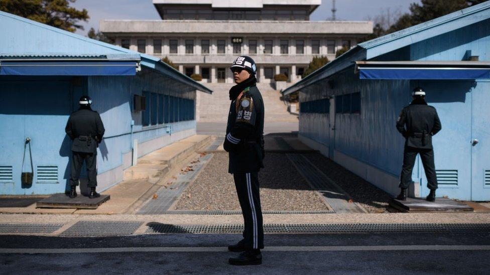 Soldados de Corea del Sur en la Zona Desmilitarizada de la frontera.