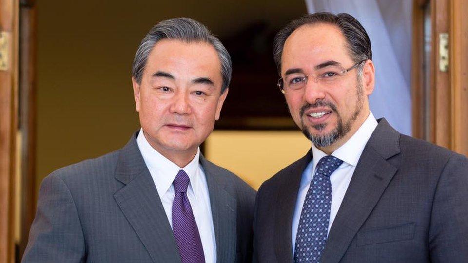 وزیر خارجه چین در کابل: از روند صلح افغانستان حمایت همهجانبه میکنیم