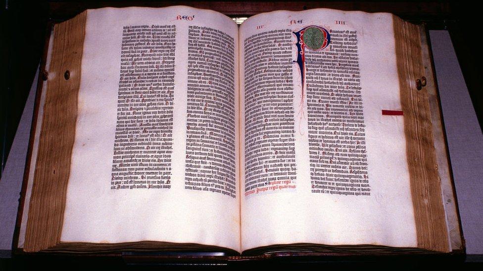 Biblia De Gutenberg 4 Datos Sorprendentes Sobre El Libro Que Marcó Un Antes Y Un Después En La Historia Bbc News Mundo
