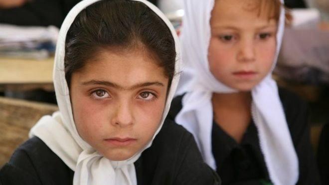 د نجونو د زدکړو لپاره برتانیا له افغانستان سره اتیا میلیون ډالره مرسته وکړه