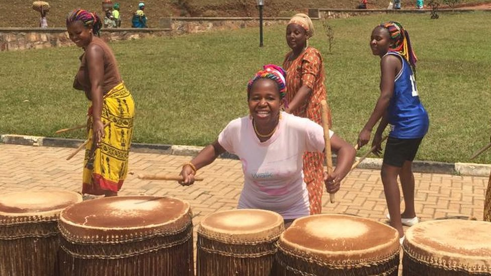 Ingomanshya: Wapiga ngoma wanawake Rwanda waliothubutu kukaidi utamaduni