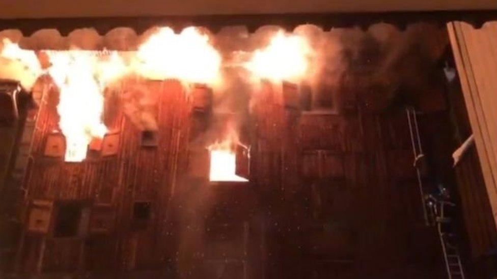 В Куршевеле вспыхнул сильный пожар, есть жертвы
