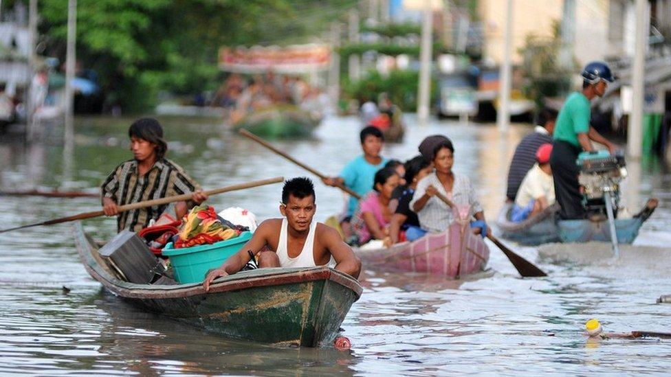 The death toll from floods in Myanmar, that have hit 156,000 people, is expected to rise over the coming days, the United Nations warns.