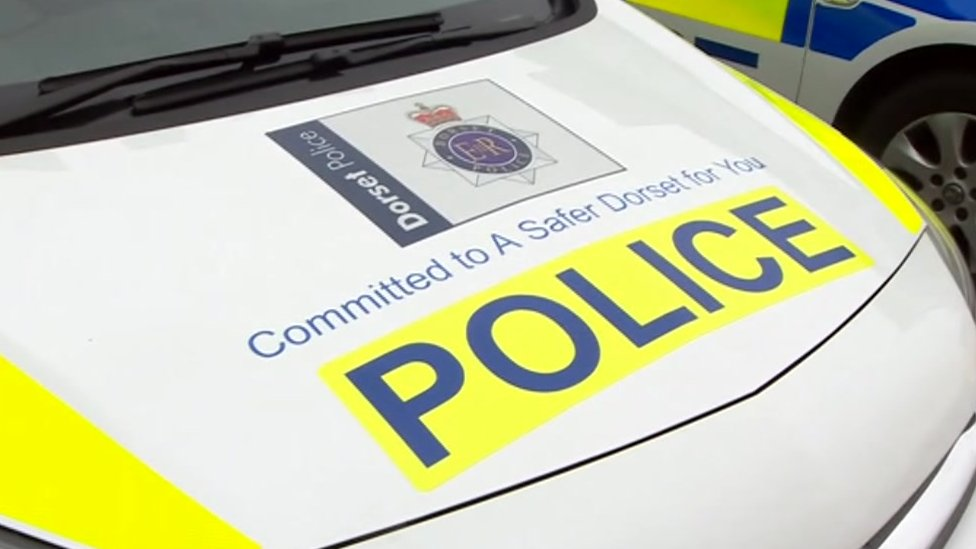 Dorset Police officer sacked for relationship with victim
