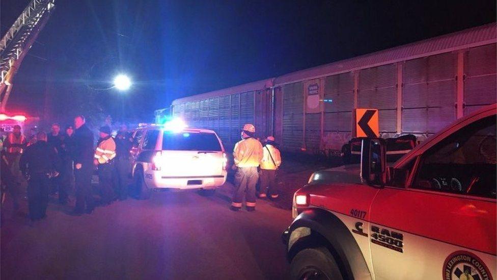 У США пасажирський потяг зіткнувся з вантажним: є загиблі