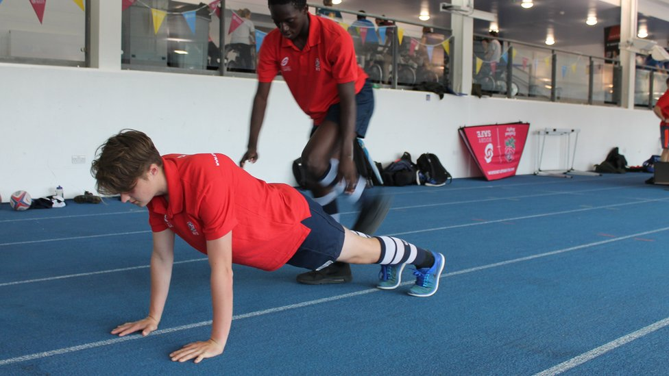 Exercise programme 'can reduce concussion' in youth rugby