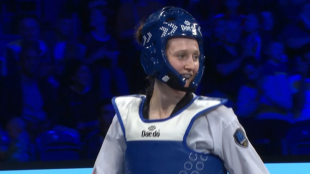 Manchester Grand Prix: Lauren Williams wins Taekwondo gold for Great Britain