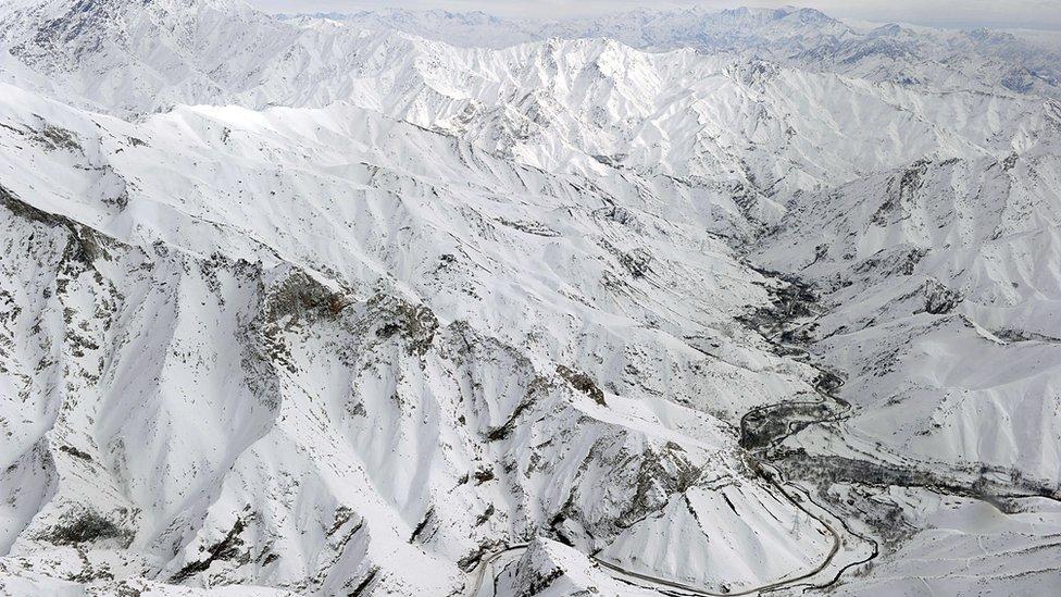 برفکوچ در شرق افغانستان جان ۱۰ نفر را گرفت