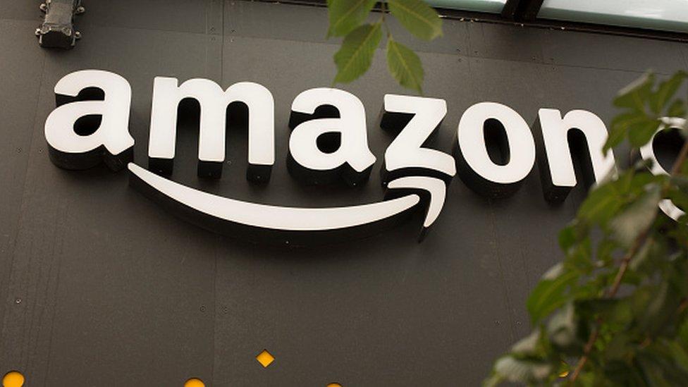 Walmart busca desafiar la posición dominante de Amazon.