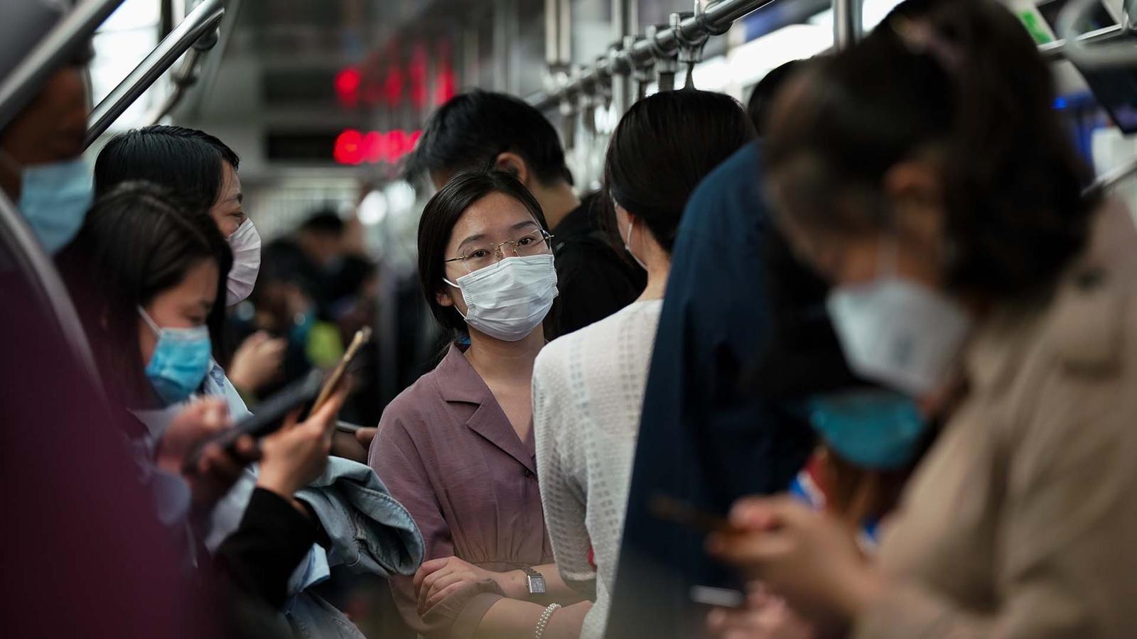 Coronavirus en China: cómo está siendo el regreso al trabajo en el gigante asiático después del confinamiento y qué cosas han cambiado - BBC News Mundo