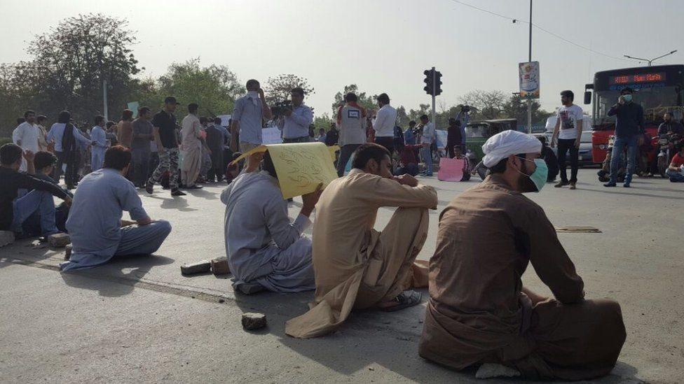 د اتڼ احتجاج