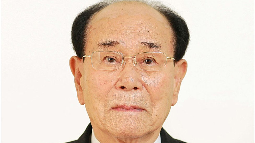 Номінальний керівник КНДР відвідає Південну Корею