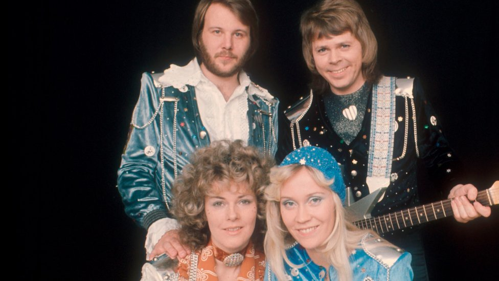 Abba reunite for Mamma Mia! restaurant