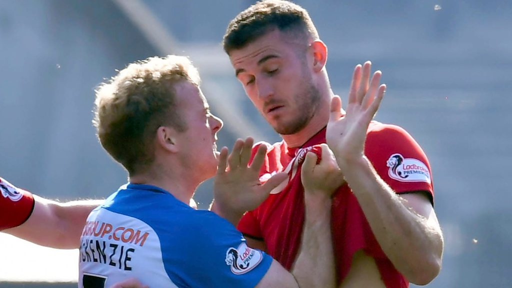 Watch: Three players are sent off Kilmarnock
