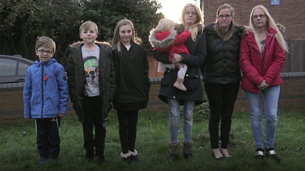 Sue Jenkinson y su familia