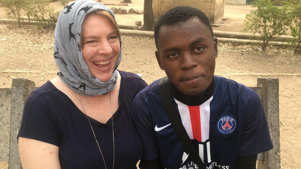 Dating women over 30 in Nkambe
