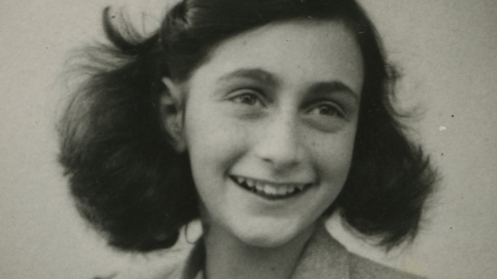 Anne Frank's 'dirty jokes' found in hidden diary pages