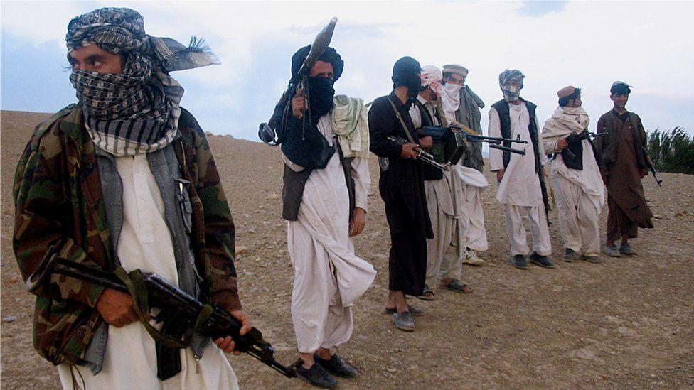 """فاریاب کې د طالبانو کلابندي؛ """"سلګونه کسان له لوږې سره مخ دي"""""""