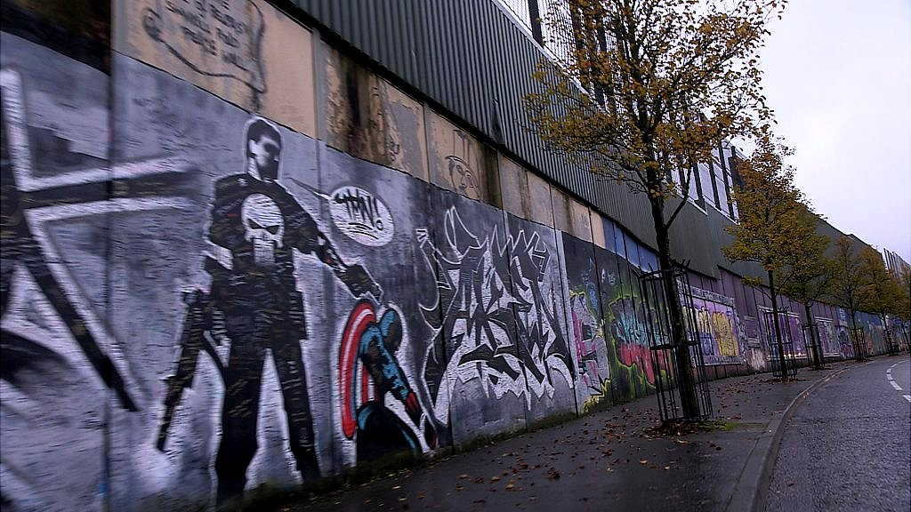 northern ireland s peace walls By david blevins, ireland correspondent an ambitious plan to demolish northern ireland's so-called peace walls within a decade.