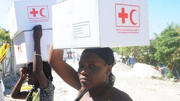 Haitianas con ayuda de Cruz Roja y Media Luna internacional
