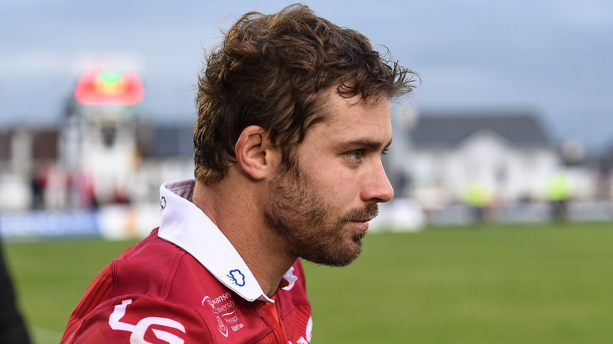 Halfpenny out for Scarlets' trip to Italy
