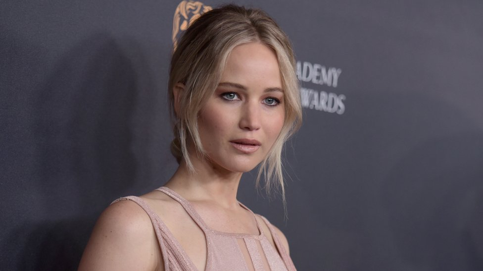 Why people want Jennifer Lawrence to apologise to Hawaii over her rock story