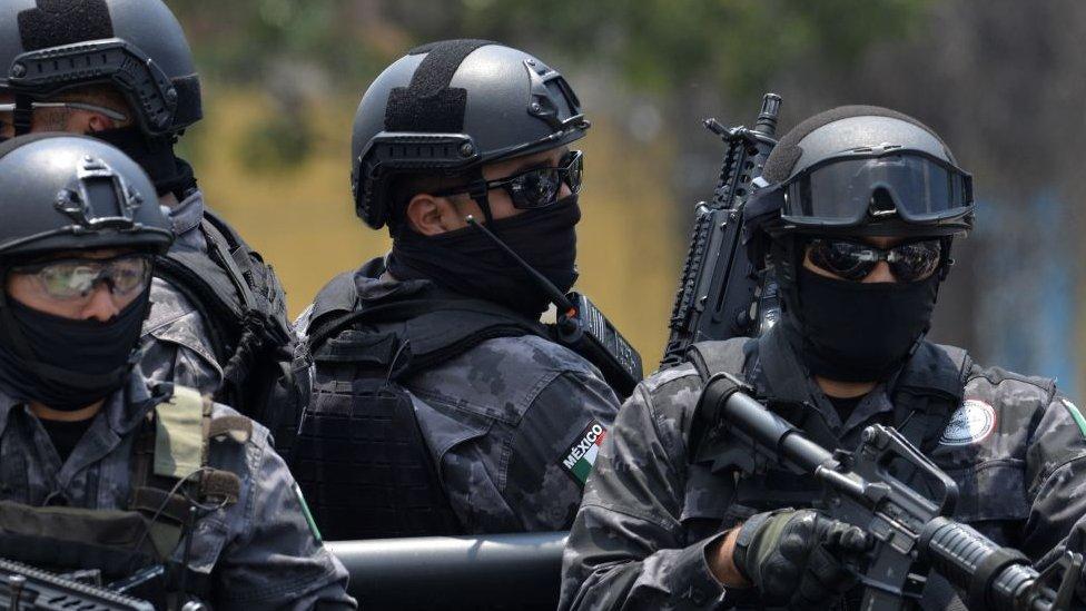 Policías patrullan en Veracruz