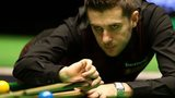 Mark Selby en route to victory over Oliver Lines in the UK Championship