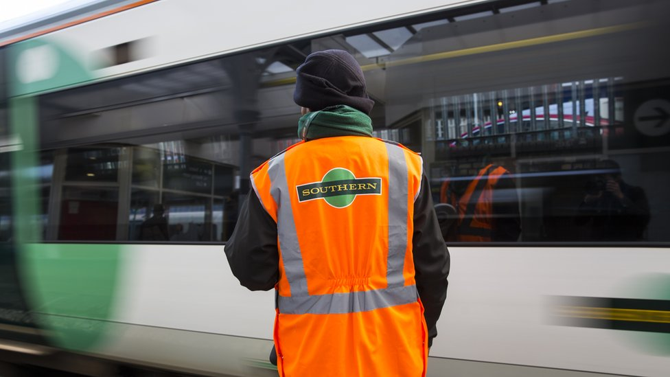 Southern axes quarter of trains as drivers' overtime ban begins