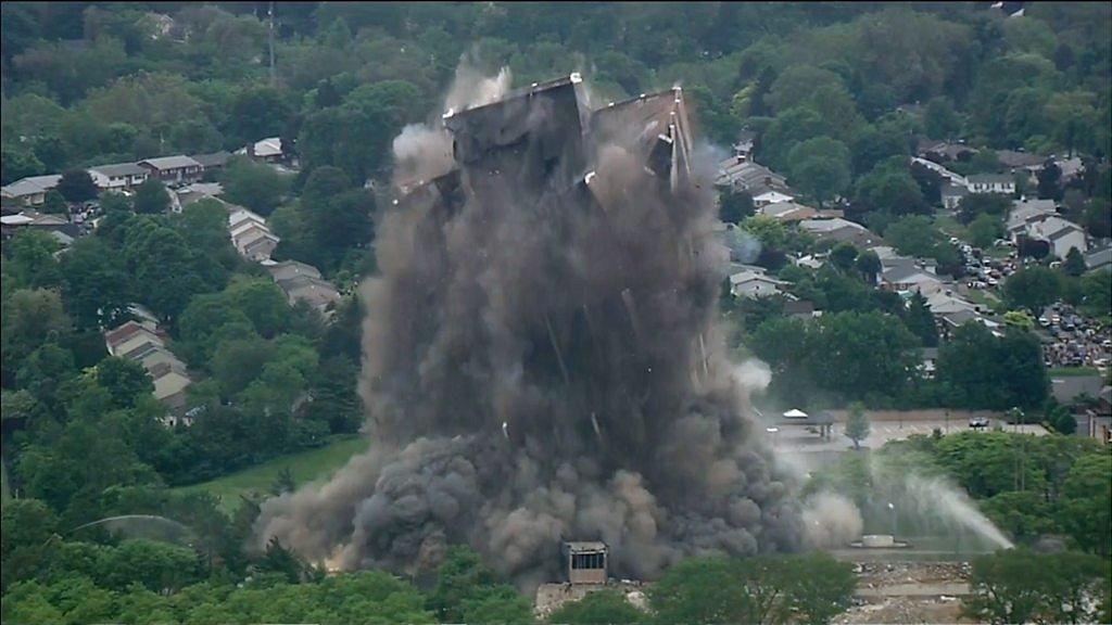 Martin Tower, former Bethlehem Steel headquarters, demolished