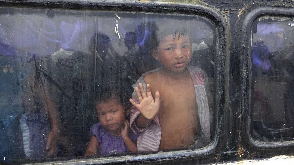 ممارسات تنحدر إلى مستوى جرائم الحرب والتطهير العرقي في ميانمار