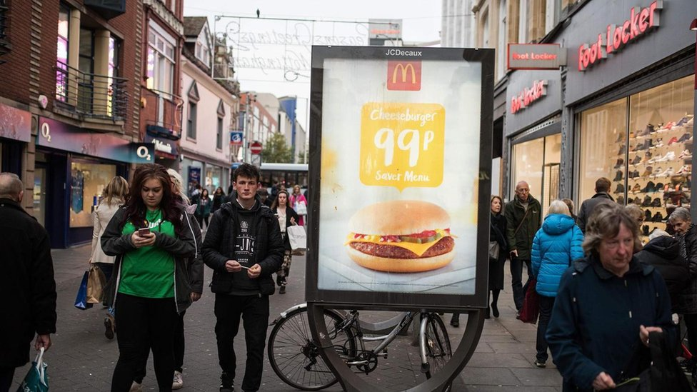 ¿Cuán rentables resultan estas hamburguesas baratas?