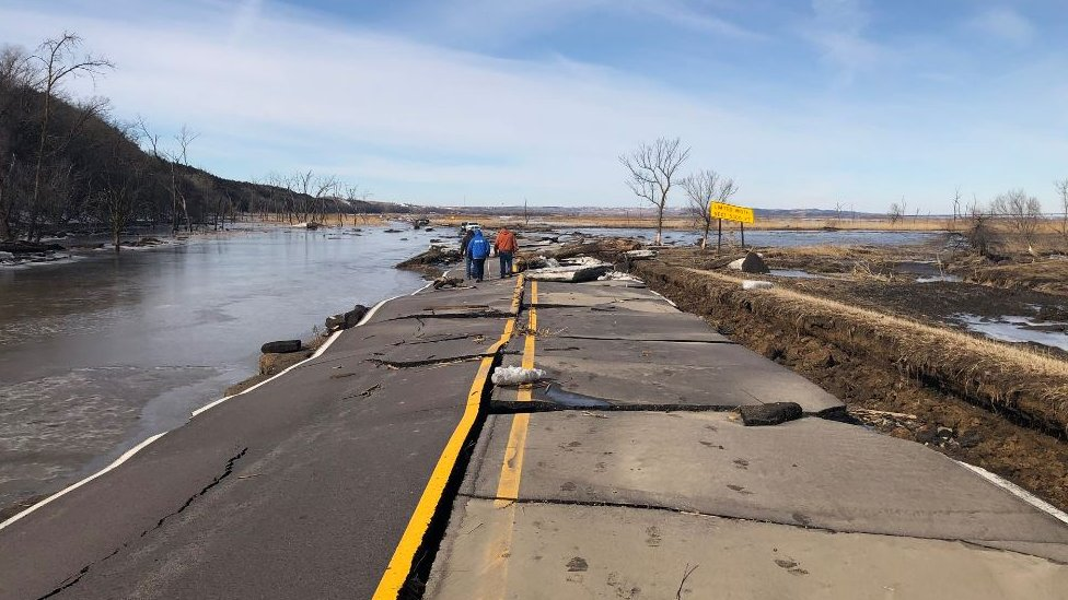 Three dead in record flooding in US Midwestern states