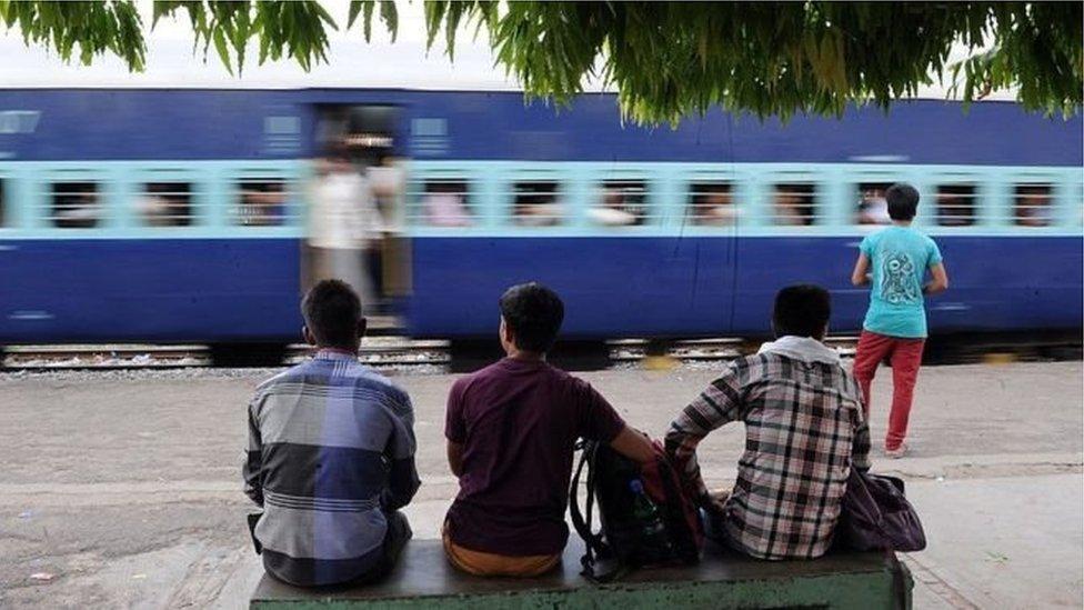 انڈیا: ٹرین میں ایک اور مسلم خاندان پر حملہ