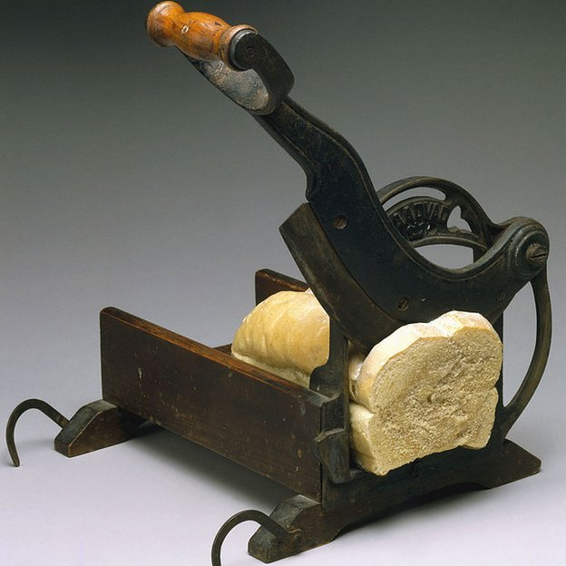 Maquina para cortar el pan