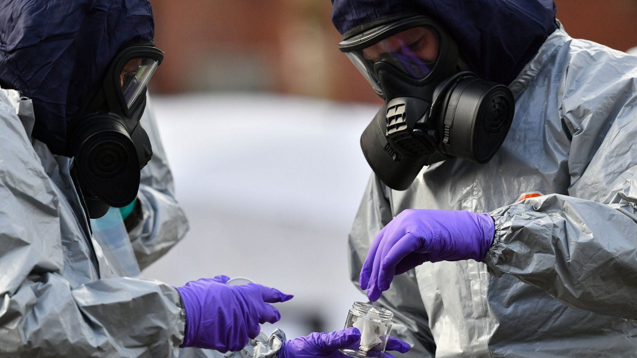 Russia spy poisoning: 23 UK diplomats expelled from Moscow
