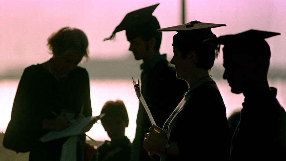 Uni chief warns of higher education tuition fee 'hierarchy'