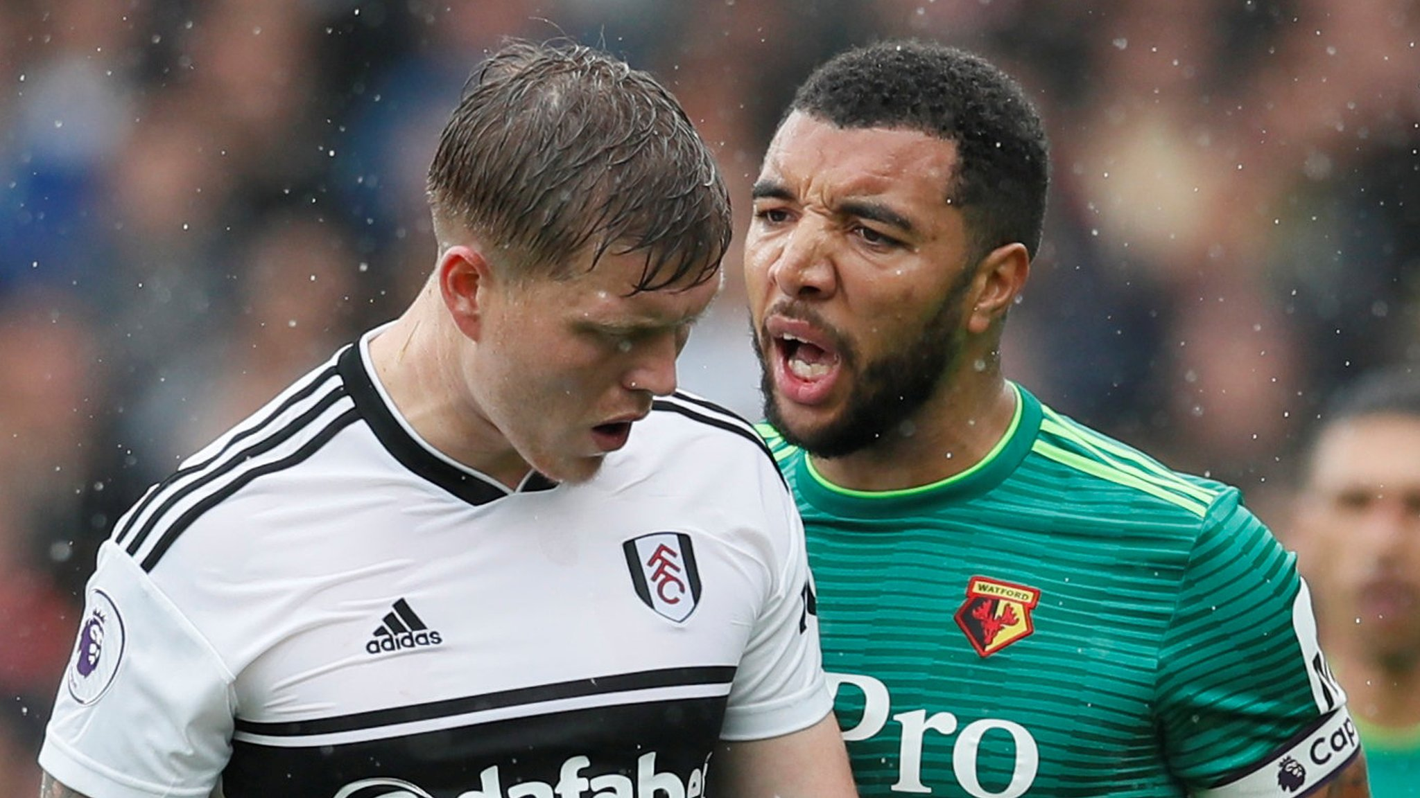 I'm playing with three broken toes - Deeney