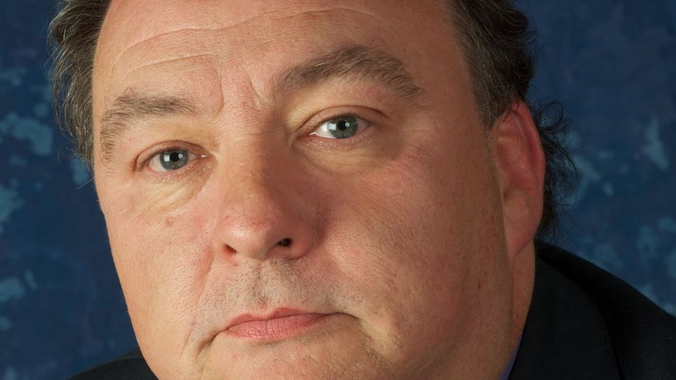 Liverpool councillor offered to take insult row 'outside'   BBC