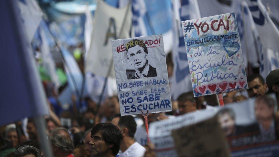 Muchos creen que detrás de las críticas de Macri a la educación pública se esconde el deseo de privatizar.